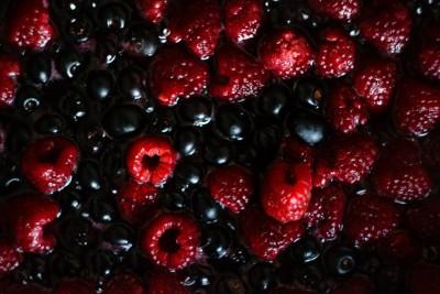Iaurt cu fructe si cereale
