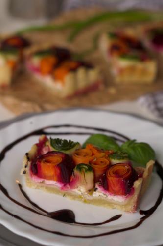 tarta-cu-urda-si-legume-