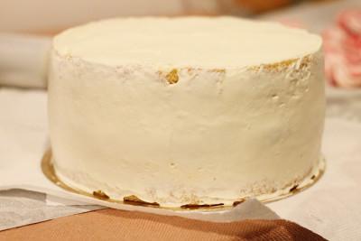 tort-cu-vanilie-capsune-preparare