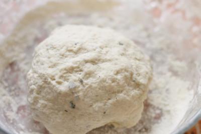 aperitiv-cu-branza-praid-preparare-2