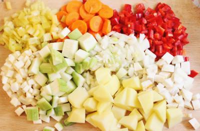 ciorbadeasa-cu-legume-si-orez
