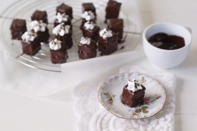 petit-four-de-ciocolata-1