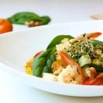 Salată cu creveți poșați