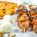 Frigărui, cartofi dulci și cremă de parmezan