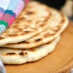 Greek pitta, Romanian flat bread
